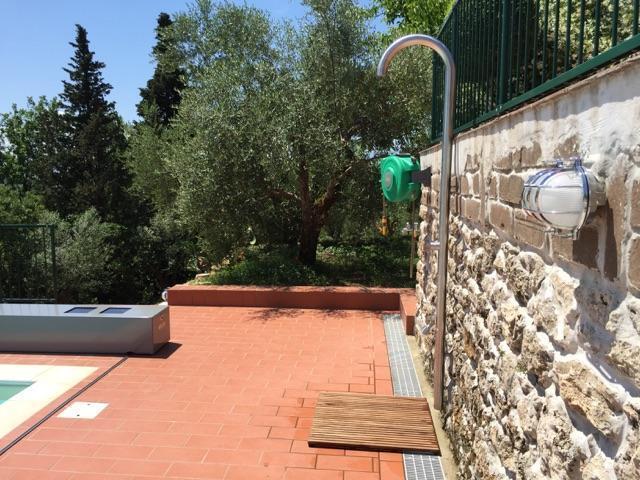 News tech mj faber colonne doccia da esterno e colonne giardino