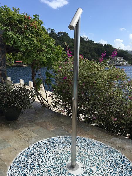 Stilo one design minimale colonna doccia da esterno in for Colonne da giardino